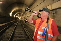 Vermessungsarbeiten in der U-Bahn unter dem Römerberg---> Aufgenommen am 10. August 2012, in  Frankfurt am Main, Innenstadt, von Christian Christes (FNP)
