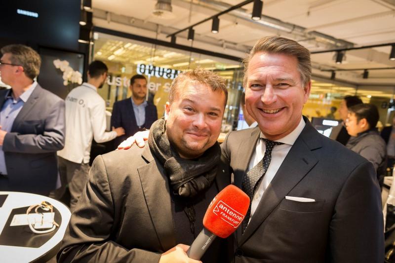 Grand Opening :: Samsung / O2 :: Fraport Airport City Mall :: Aufgenommen von Christian Christes, Flughafen Frankfurt am Main