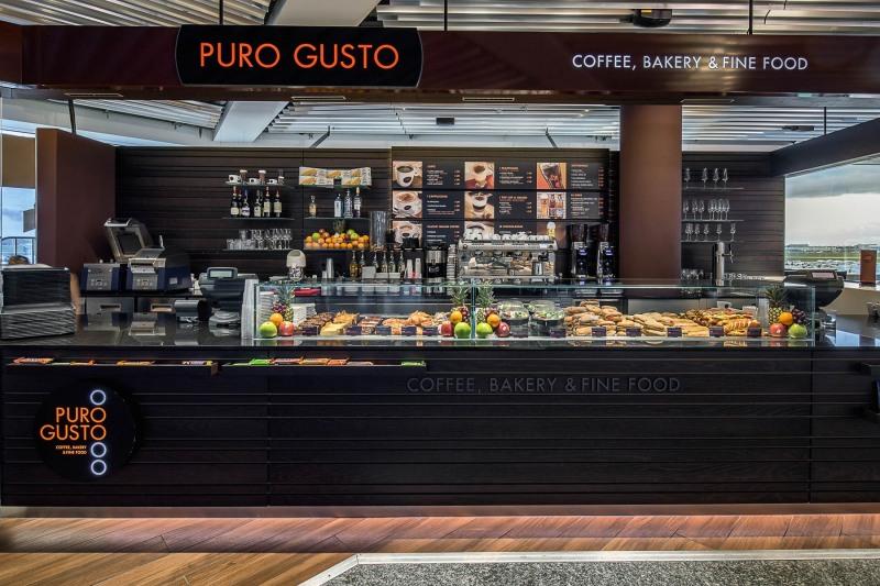 Puro Gusto, Terminal 1, Flugsteig A-Schengen, Knick +++ Aufgenommen für die Fraport AG, HVM-RC6 Handels- und Vermietungsmanagement Centermanagement, von Christian Christes, in Frankfurt am Main, Flughafen